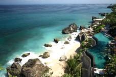 オン ザ ビーチのホテル - バリ島ホテルガイド