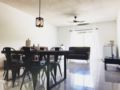 Sky Gardens Apartment #307 (Central of Guam) ホテルの詳細