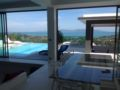 Serena Villa private swiming pool with sea view ホテルの詳細